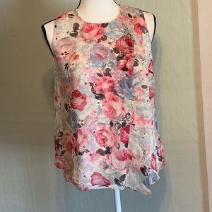 NWT LRL 4P Sleeveless Rose patterned blouse